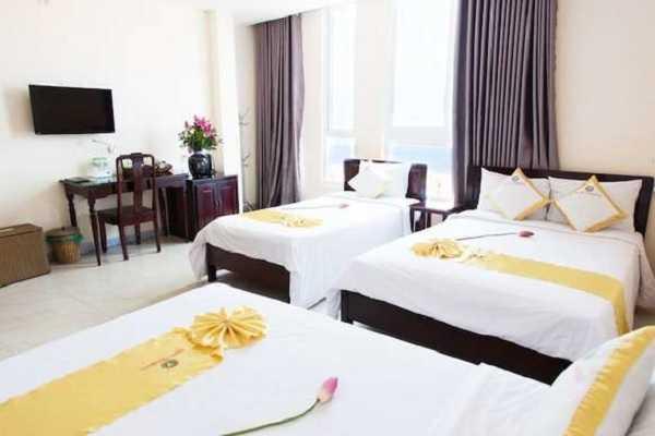 khách sạn hoàng yến 3 đường xuân diệu quy nhơn